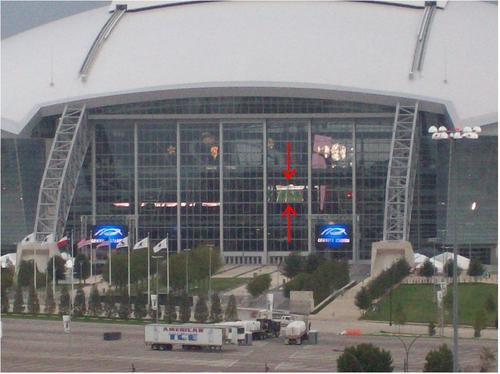 Cowboys_Stadium_Scoreboard.JPG